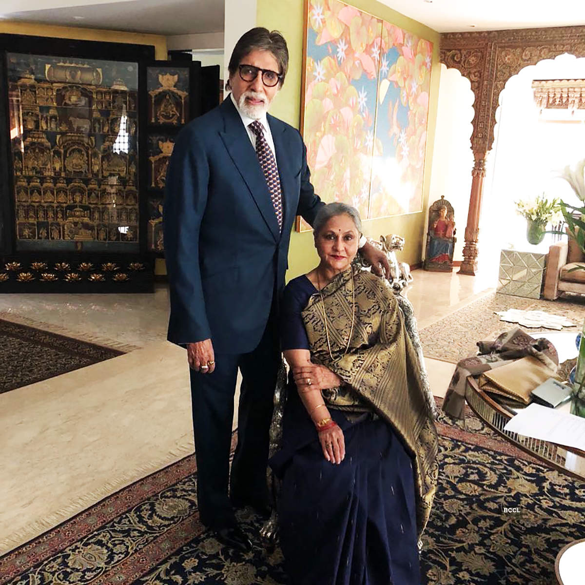 Unmissable moments of Amitabh-Jaya Bachchan on silver screen