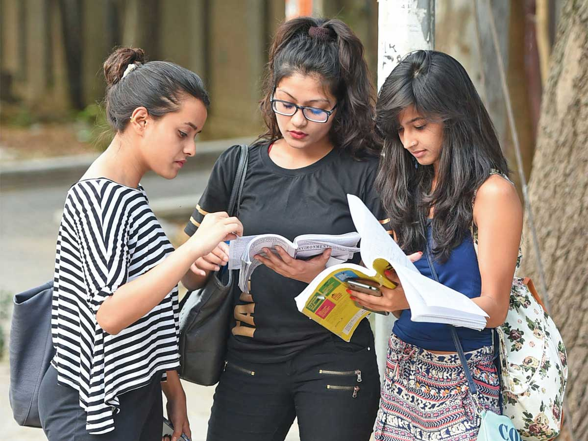 How are universities planning admission for new academic year 2021