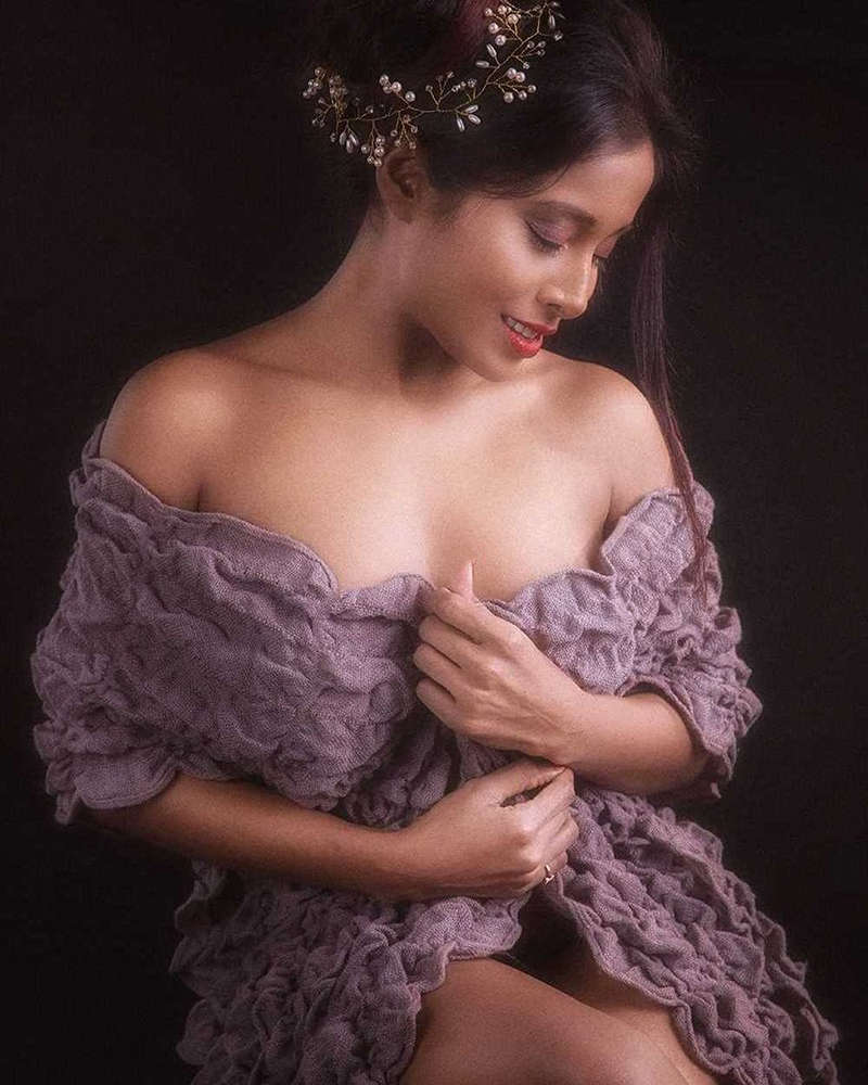 Meet actress & Miss India Bikini 2015 Nikita Gokhale, who is an Instagram sensation