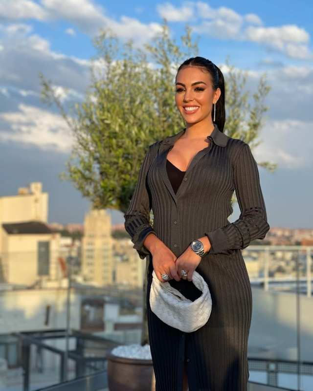 Georgina Rodríguez stuns in these pictures as she poses from Cristiano Ronaldo's new Madrid hotel