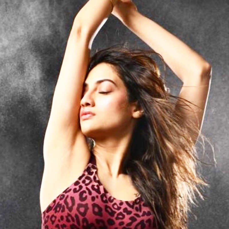 Bengali actress-MP Nusrat Jahan is making heads turn with her bewitching photoshoots