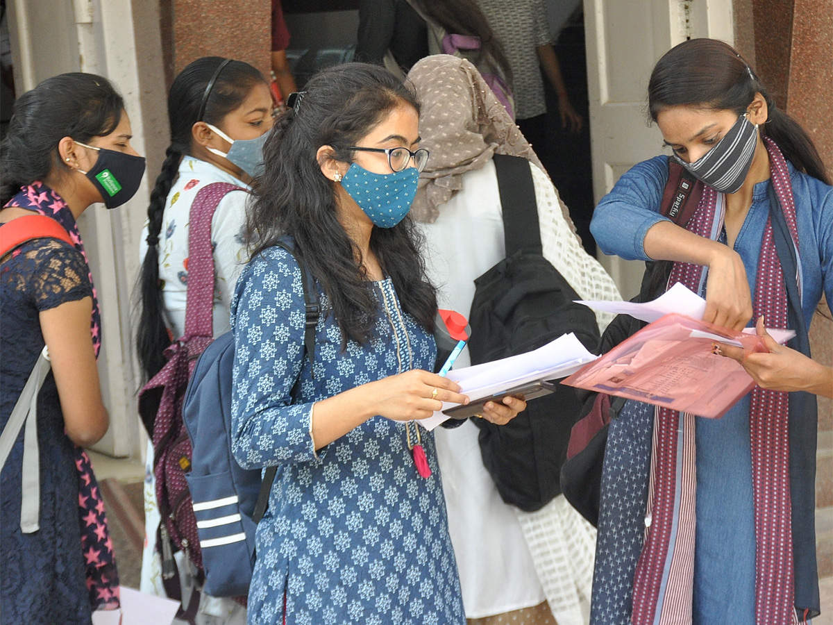 AISHE reports 2019-20: 18.2% rise in female enrolment, here are the highlights
