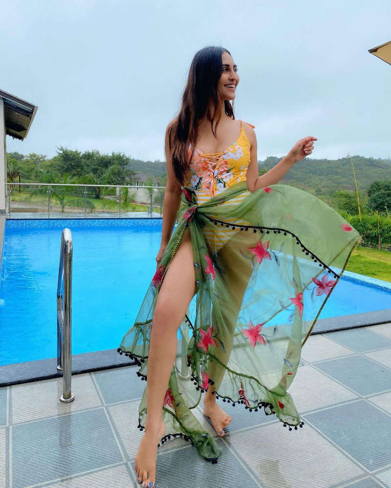 These stunning holiday pictures of Krystle D'souza will make you crave for a vacation!