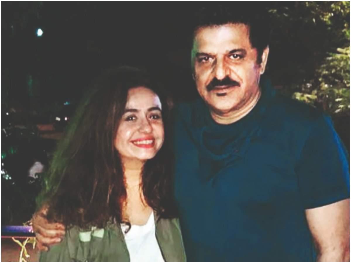 Rajesh with his wife Vandana Sajnani