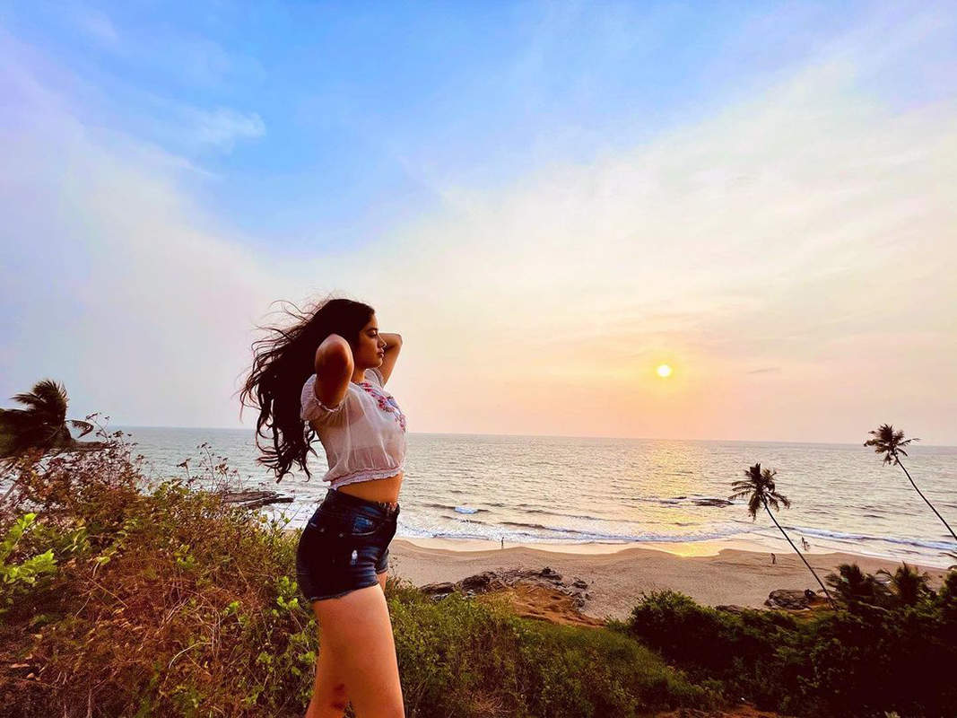Janhvi Kapoor beats the heat in style in these new beach outing pictures
