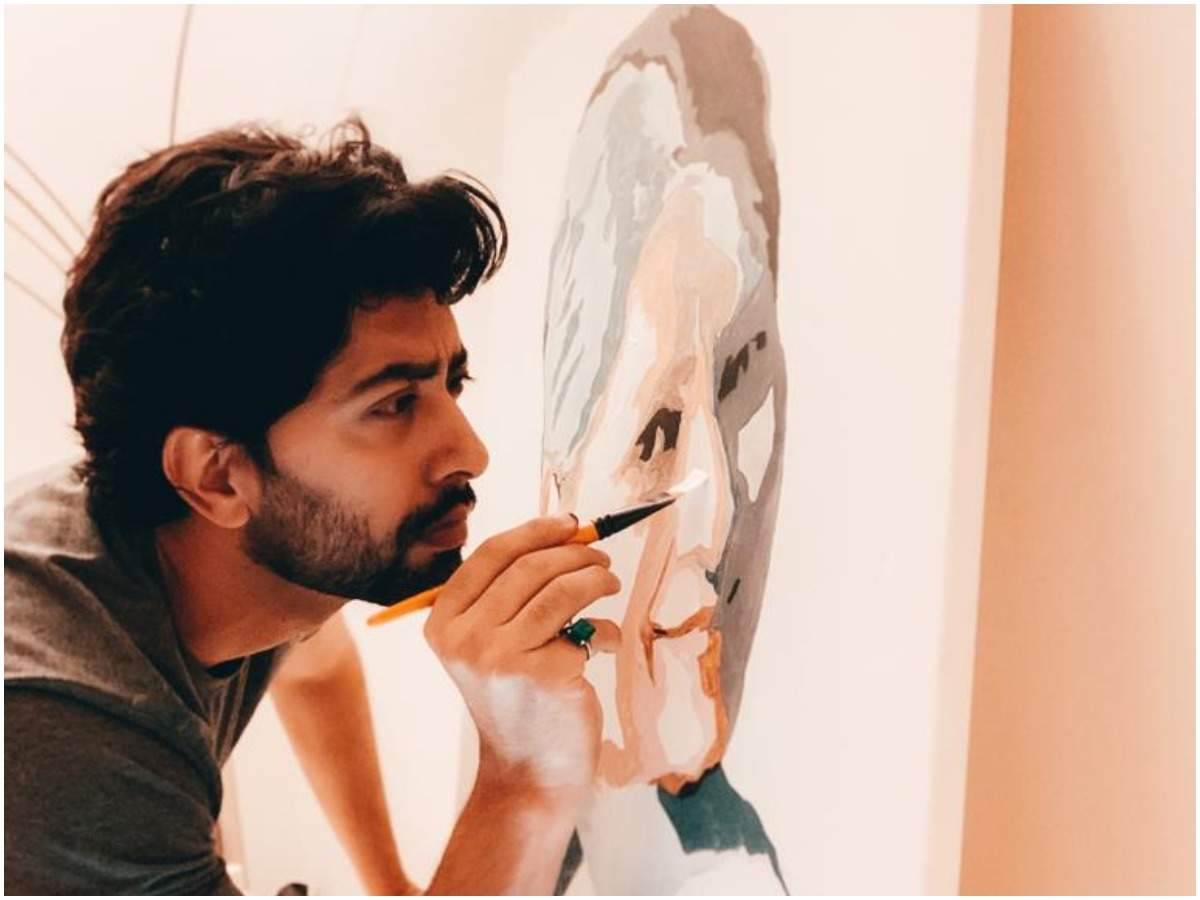 Ankur while making his mother's portrait