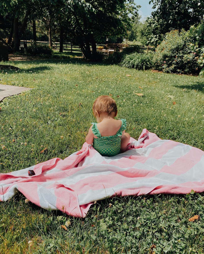 Gigi Hadid shares adorable pictures from her pool date with baby Khai