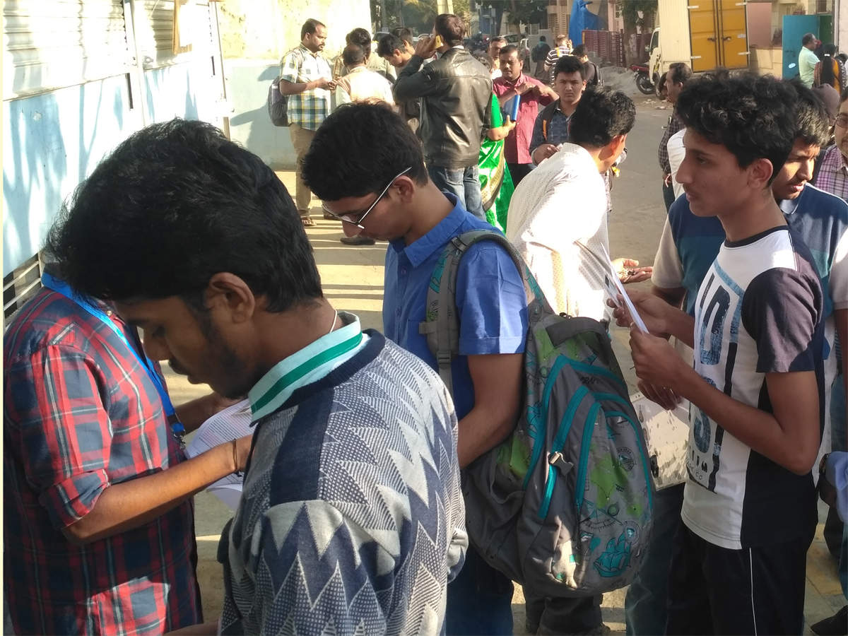 Alert: Savitribai Phule Pune University invites applications for diploma, certificate admission test