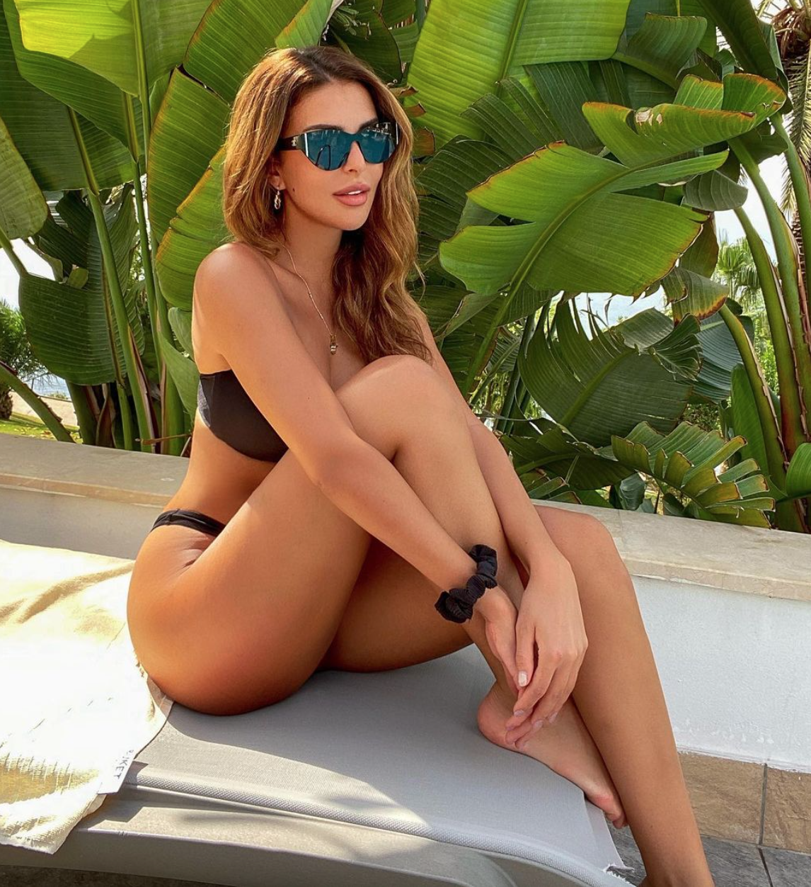 Beauty queen Sarah Chafak lights up Instagram with her stylish pictures