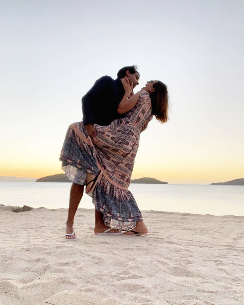 Romantic pictures of newly-wed Evelyn Sharma and hubby Tushaan Bhindi are all things love