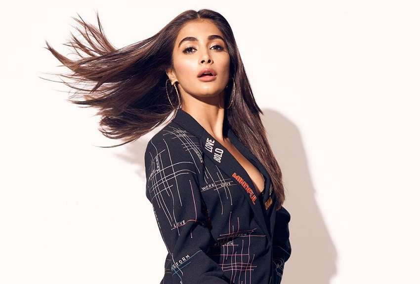 Pooja Hegde's tentatively titled, 'Bhaijaan' to release on THIS date