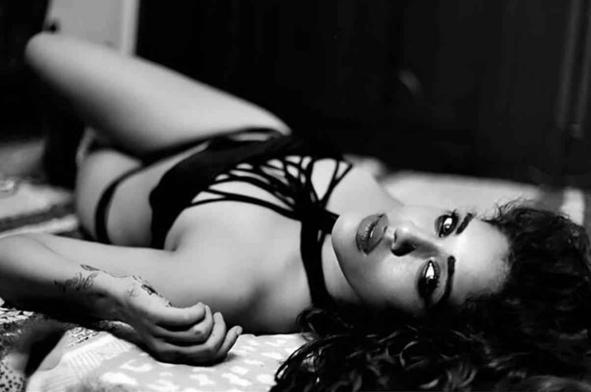 'Splitsvilla' fame Hritu Zee is ruling social media with her captivating pictures