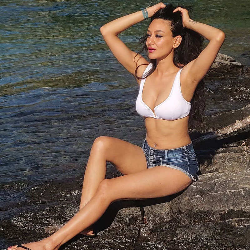 Vedita Pratap Singh's countryside vacation pictures go viral