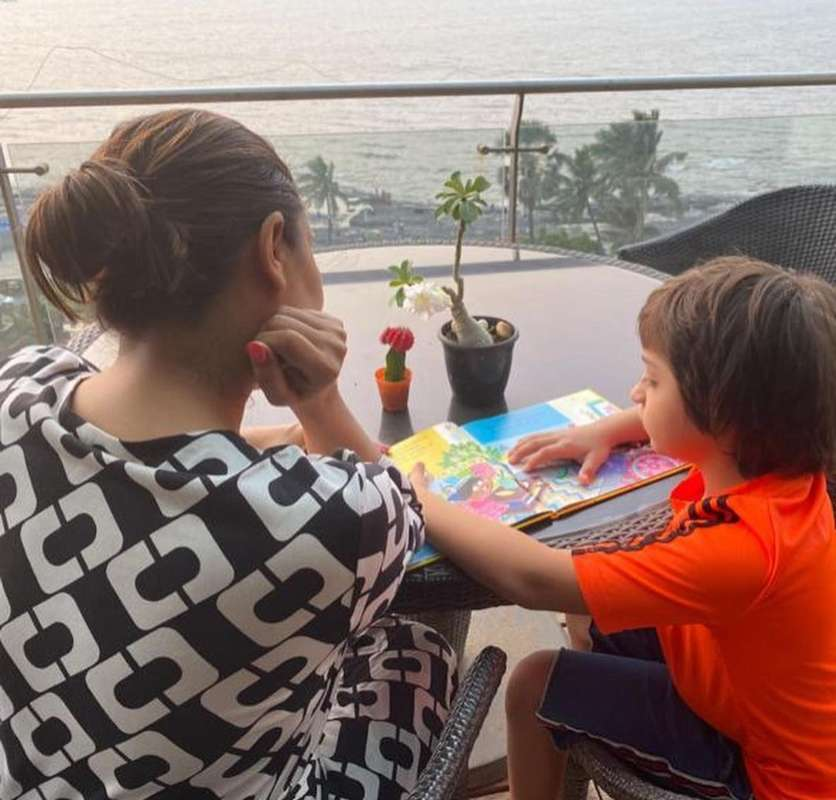 Pictures of Bollywood celebrities with kids that are too cute to miss!