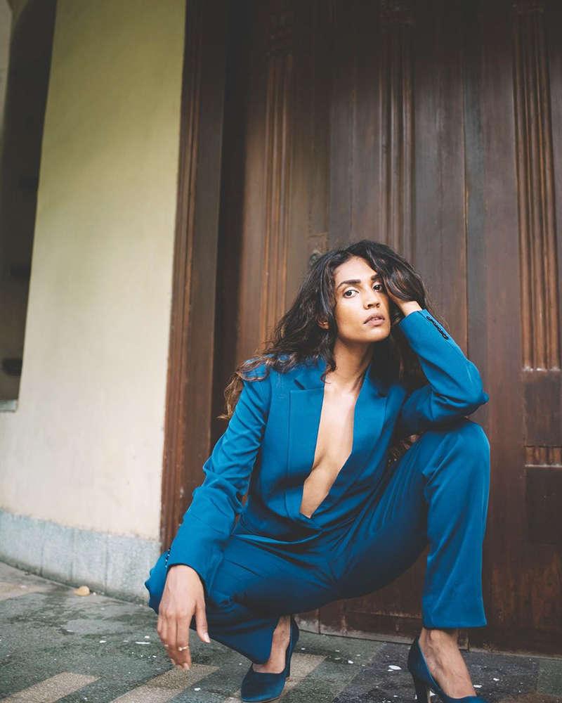 Shruthy Menon rocks open blazer look in her new photoshoot