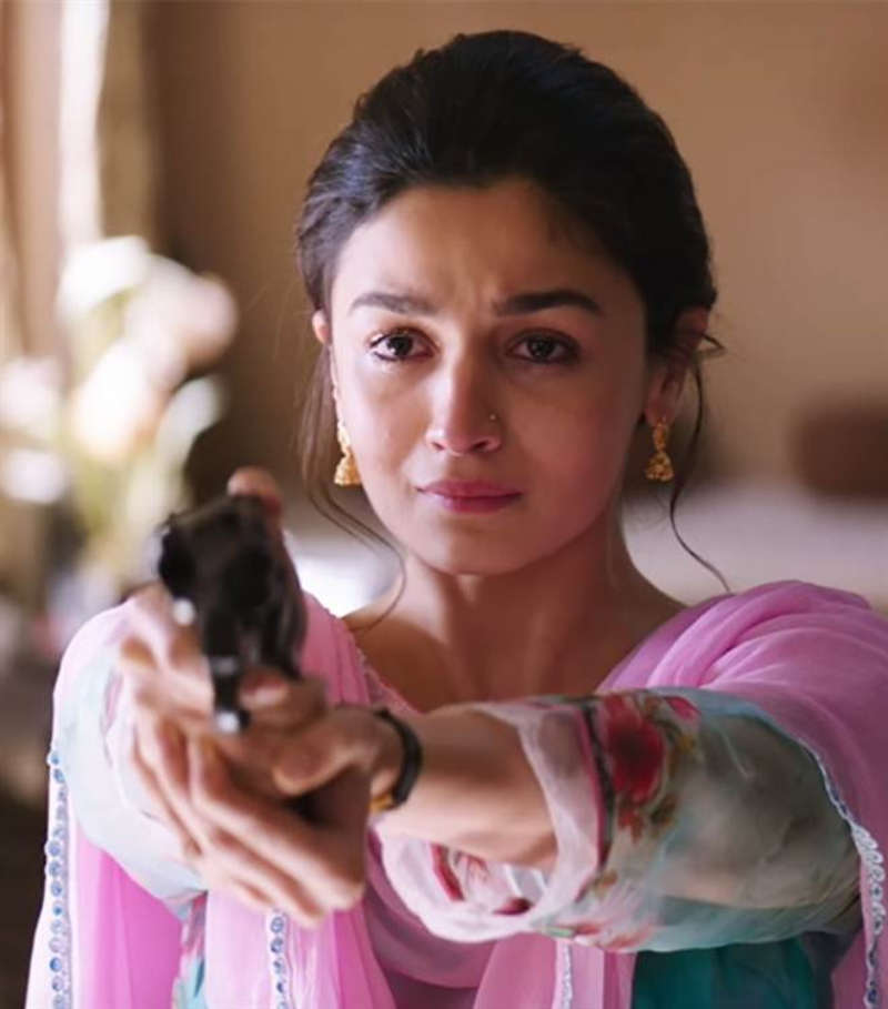 Amazing stills from Bollywood movies which are based on real life stories