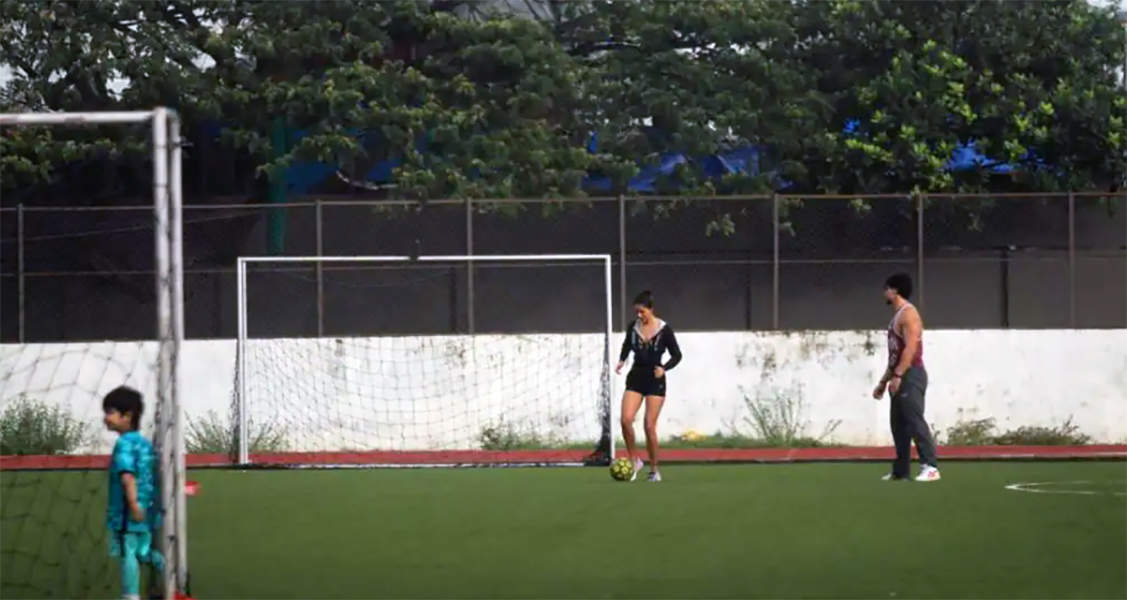 Pictures of Disha Patani practicing football with rumoured beau Tiger Shroff go viral