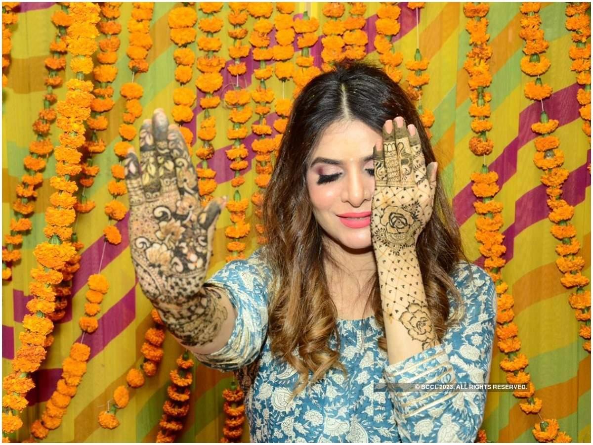 Isha Anand Sharma at her mehendi ceremony