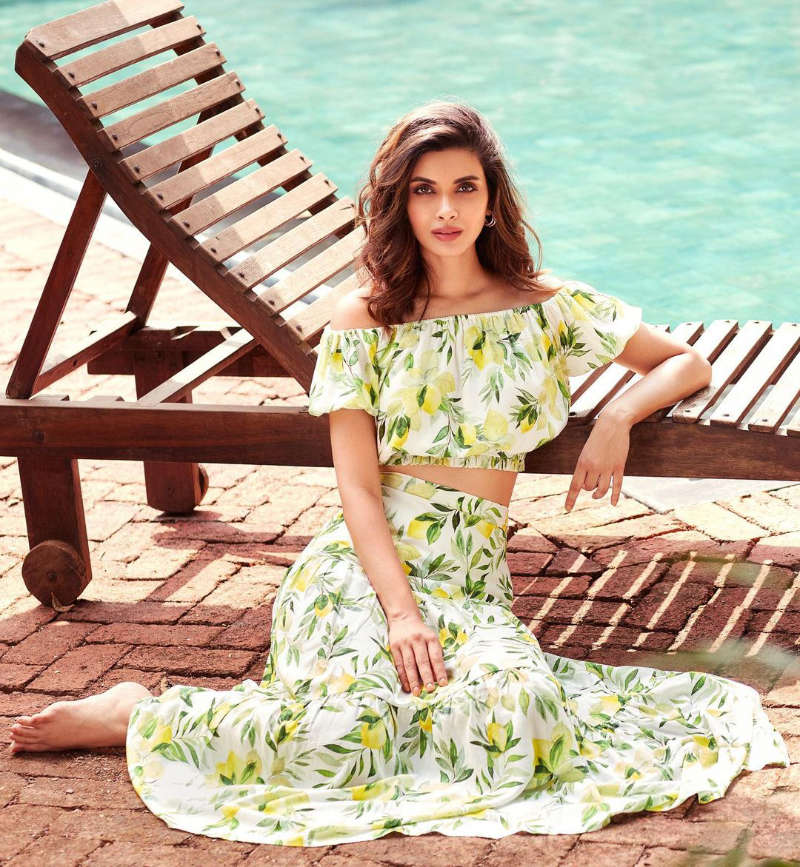 New pool picture of Diana Penty is sweeping the internet!