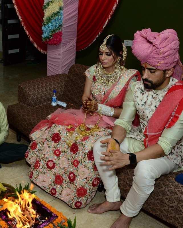Isha Anand Sharma's wedding photos: 'Kundali Bhagya' actress secretly ties the knot with Vasdev Singh Jasrotia