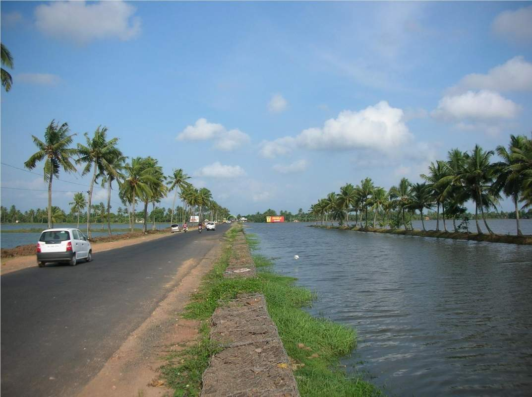 Top 10 best cycling routes in India