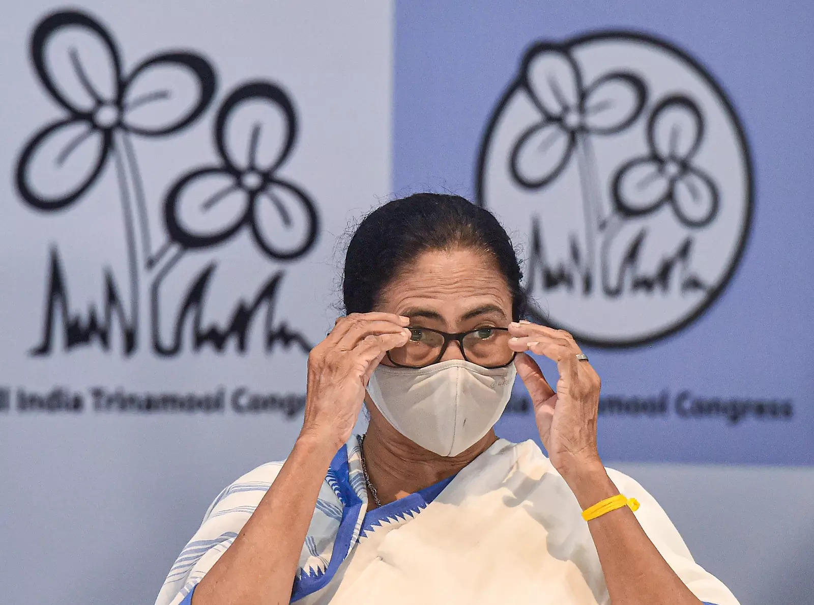 Judge reserves order on Mamata's recusal petition accusing him of BJP links
