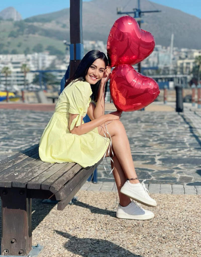 'KKK 11' Sana Makbul's bewitching pictures from Cape Town will take your heart away!