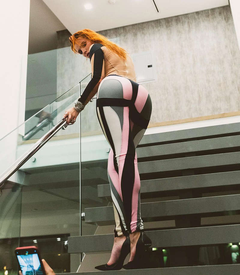 Bella Thorne is making heads turn with her bewitching pictures