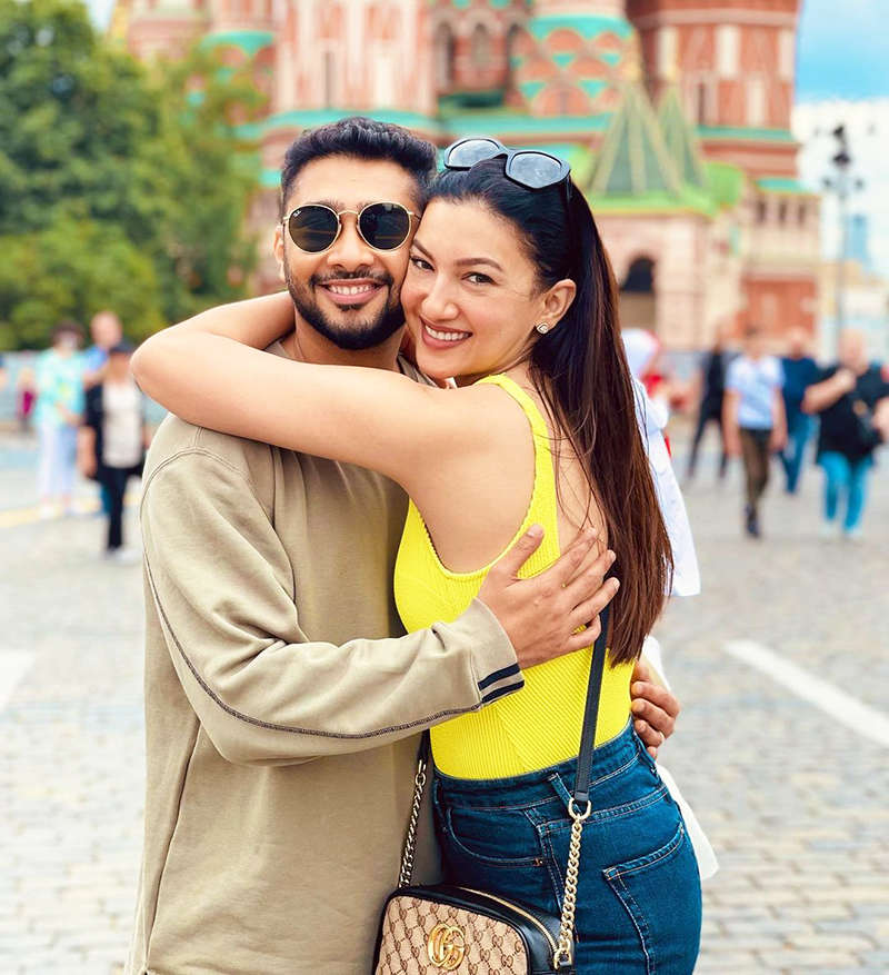 Loved-up pictures from Gauahar Khan and Zaid Darbar's honeymoon in Moscow