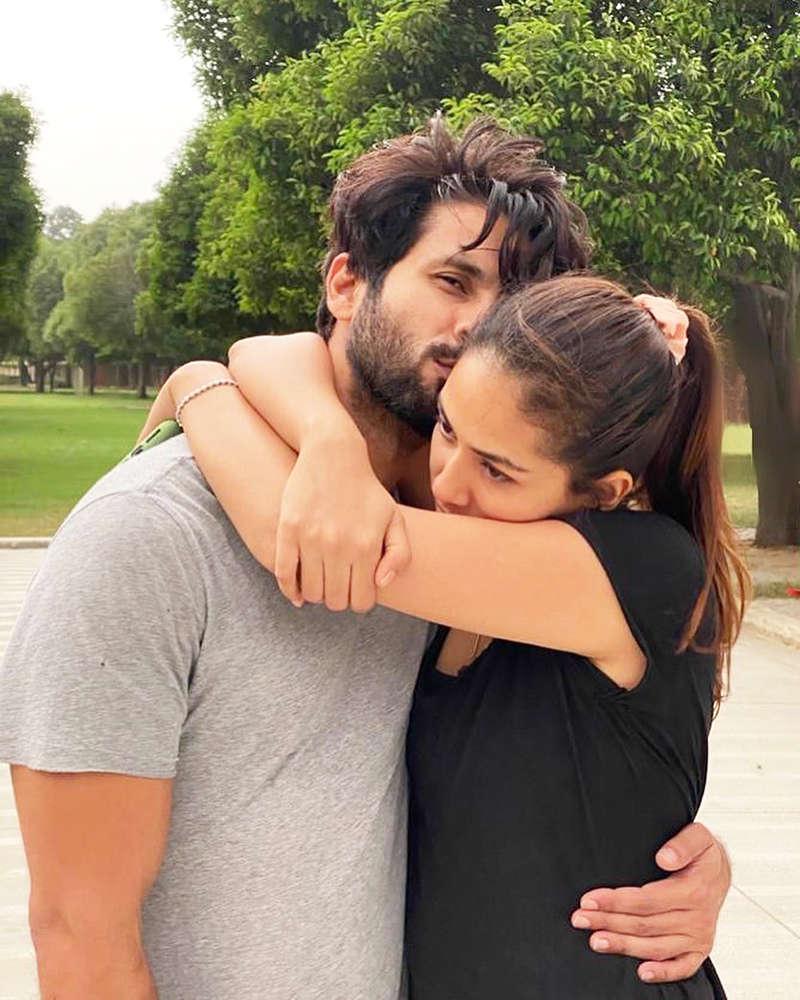 Mira Rajput's mushy post for Shahid Kapoor on their anniversary will make you go aww!