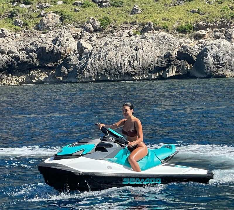 Cristiano Ronaldo's girlfriend Georgina Rodríguez enjoys jet-skiing and looks alluring in a bikini