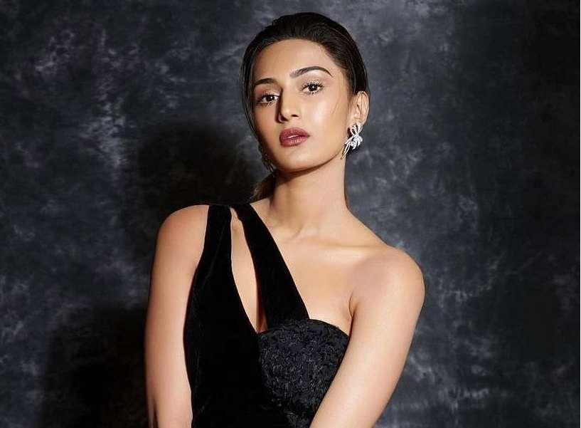 Erica Fernandes on why she said 'yes' to another season of 'Kuch Rang Pyaar Ke Aise Bhi'