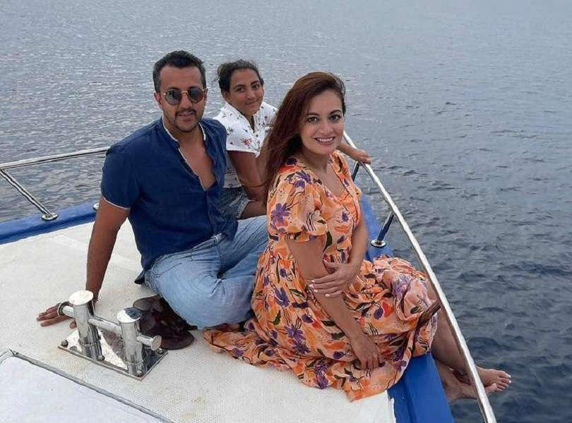 Mom-to-be Dia Mirza shares beautiful pictures from her Maldives getaway!