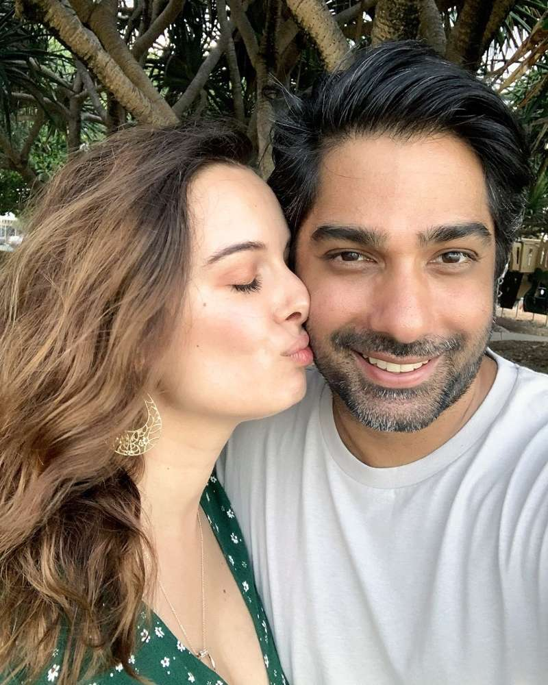 Take a look at pictures of mommy to be, Evelyn Sharma.