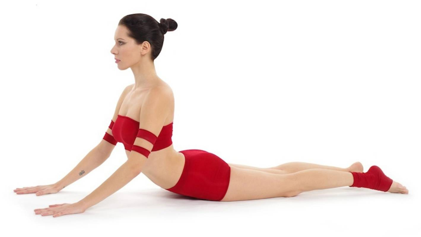 Five easy yoga poses to start a healthy morning