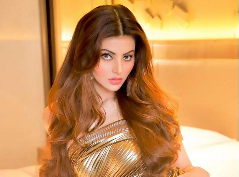 Urvashi Rautela dazzles in a steamy Chic Gold Tin Foil gown