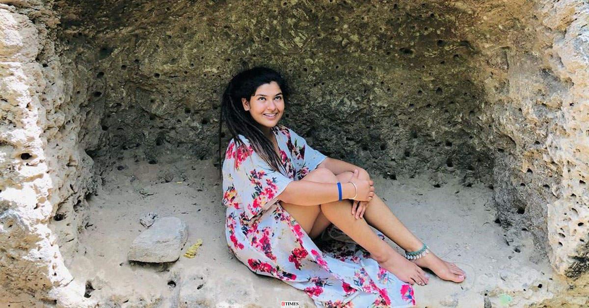 Taarak Mehta Ka Ooltah Chashmah fame Nidhi Bhanushali's vacation pictures go viral