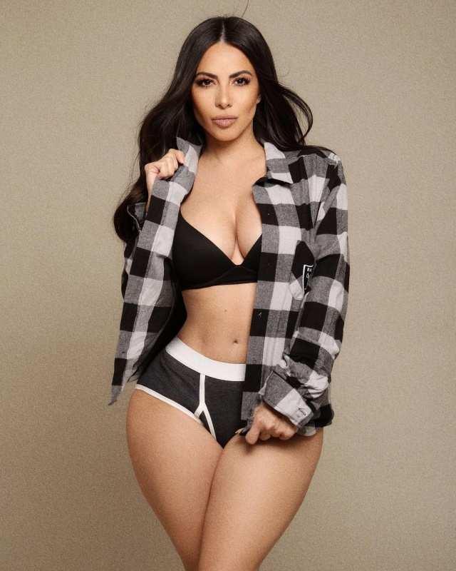 Meet Jimena Sanchez, the sportscaster dubbed as 'Mexican Kim Kardashian'