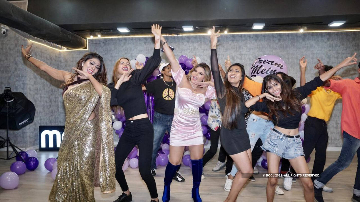 Rakhi Sawant stuns at the success party of her song 'Dream Mein Entry'