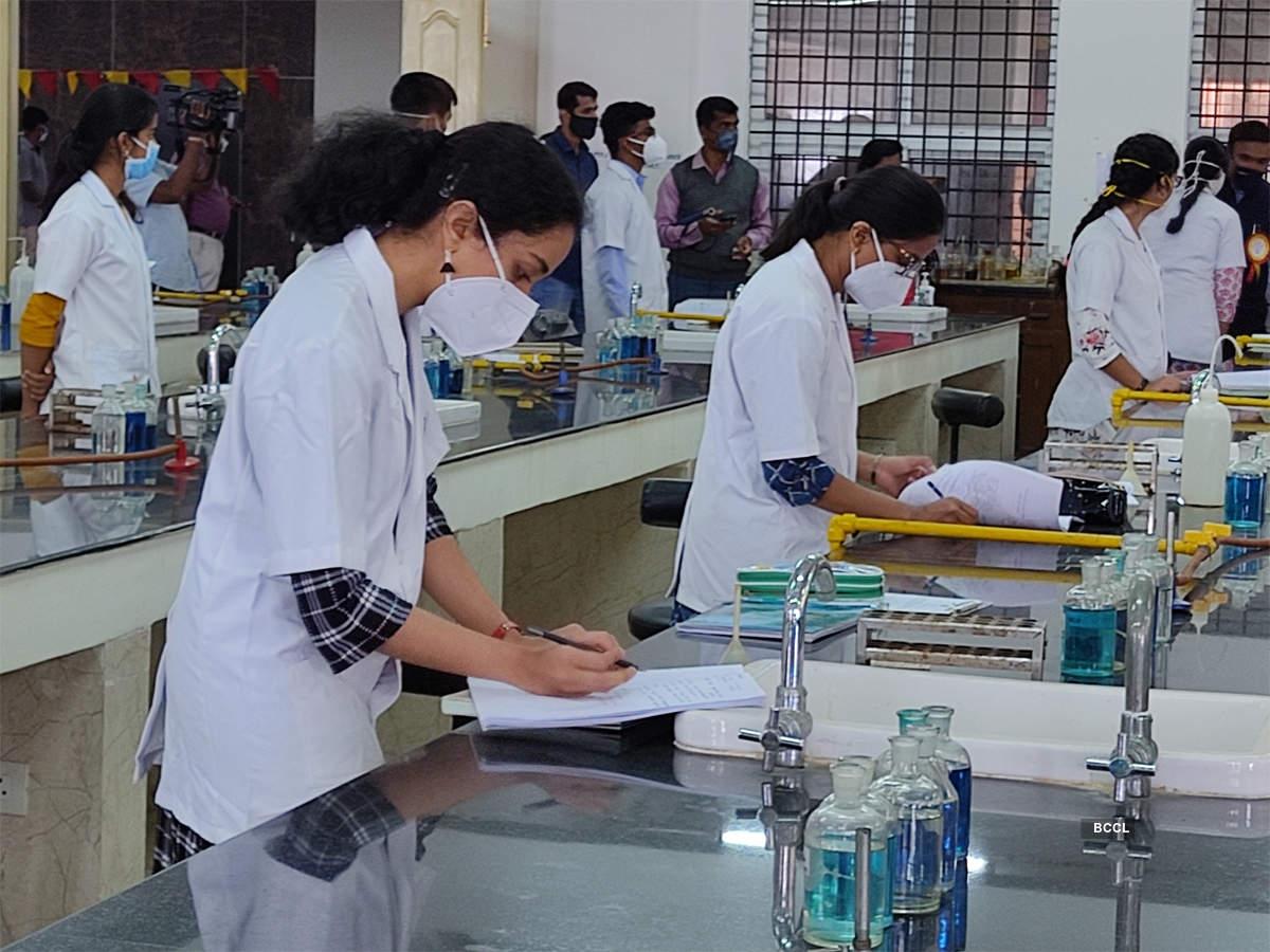 Karnataka to immediately open medical, dental colleges