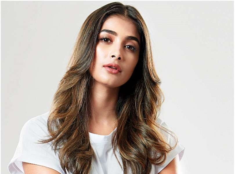 Pooja Hegde to team up with Dhanush for her next