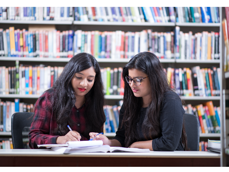 Tips to keep in mind while selecting between MBA and Master's degrees
