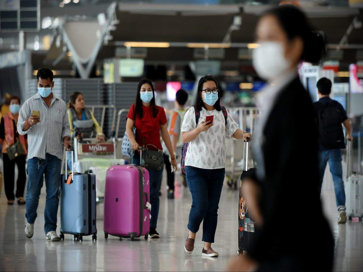 Govt. urges people to travel only if fully vaccinated amid concerns of COVID third wave