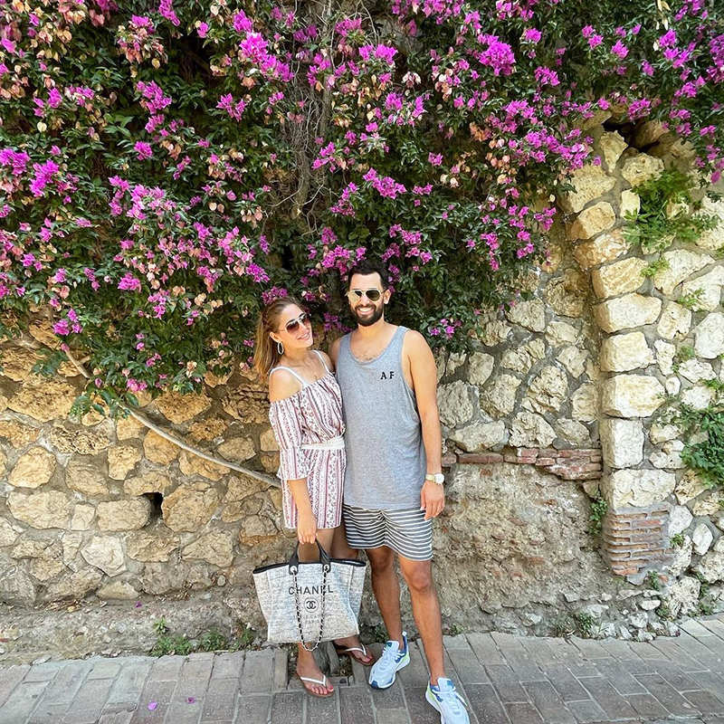 Nargis Fakhri & beau Justin Santos are painting the town red with their lovely vacation pictures