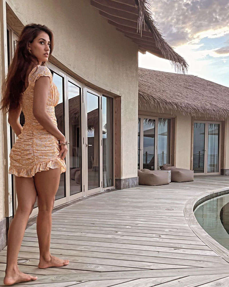 Disha Patani is making heads turn with her new beach vacation picture