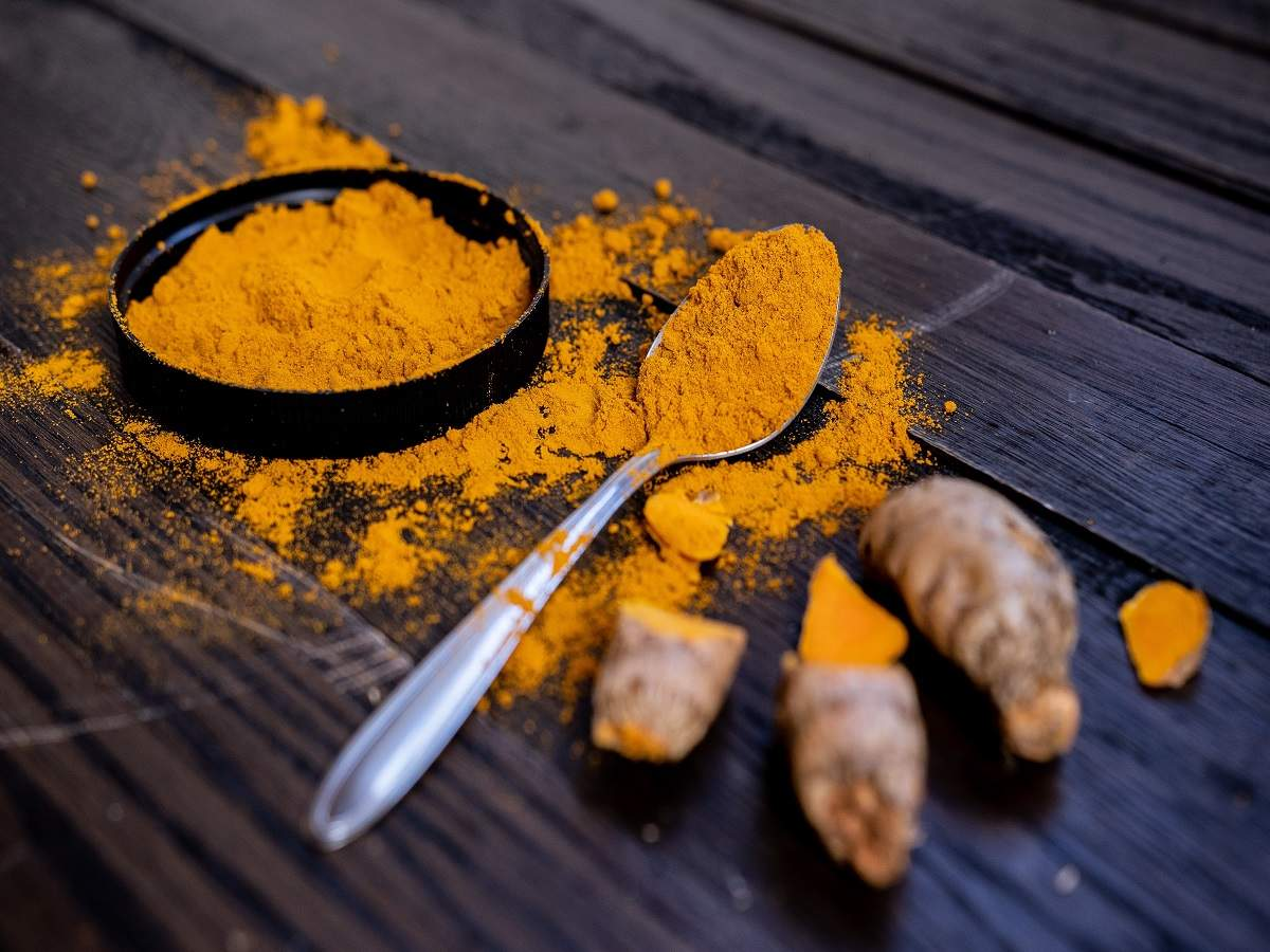 Turmeric immunity boosters: Turmeric drops, milk, tablets & more for you