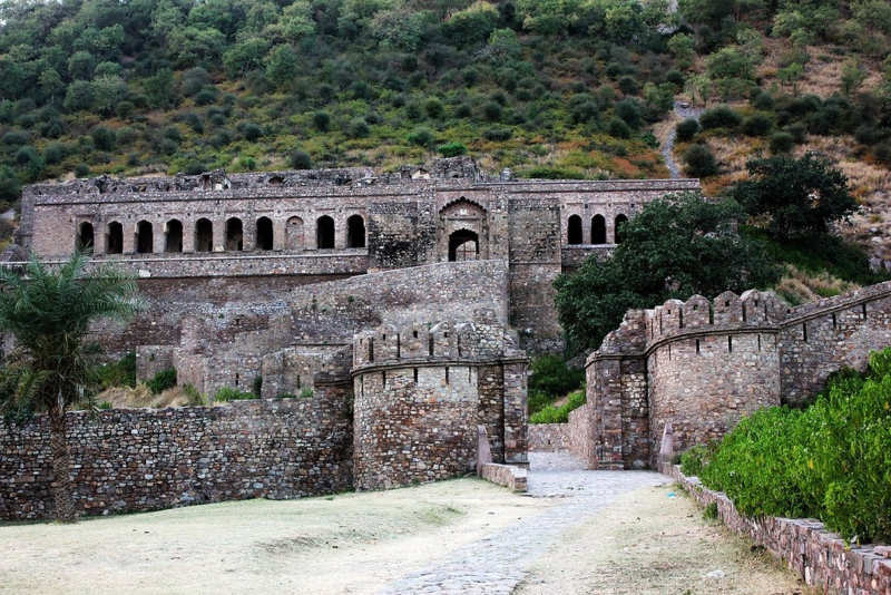 5 haunted places in India
