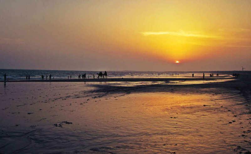 Beautiful beaches in Gujarat