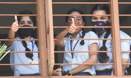CBSE class X results out with 99.04 pass percentage
