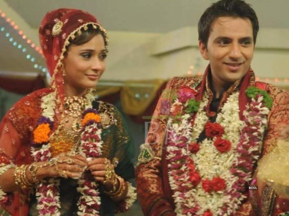 Ssara Khan and Ali Merchant